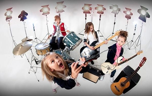 Музыкальная студия «Фабрика Музыки» и студия «Школа рока»   Дети в городе  Харьков