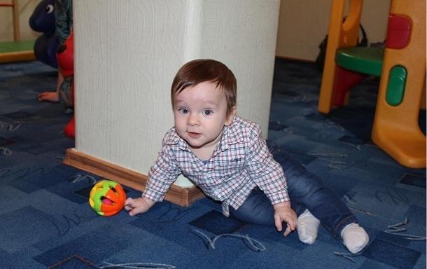 """Группа """"Ползунки"""" - занятия для детей от 6 месяцев до года в центре Аист"""
