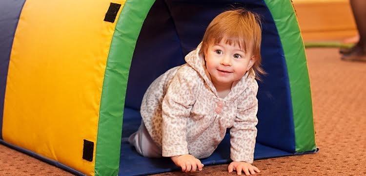 """«Топотушки» - занятия для деток от года до двух в центре """"Аист"""""""