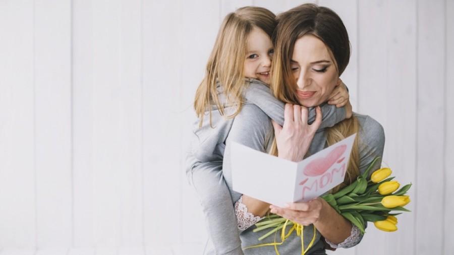 Топ-7 креативных весенних открыток для мамы