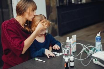 Ацетон у ребёнка: причины, симптомы и лечение