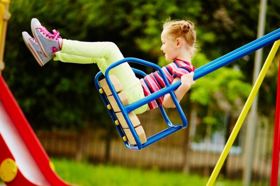Что должен знать ребенок, когда идет гулять на улицу сам?