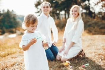 Топ-15 интересных дел, которые нужно сделать с ребёнком за лето