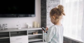 Что смотрят наши дети: как распознать токсичные мультфильмы