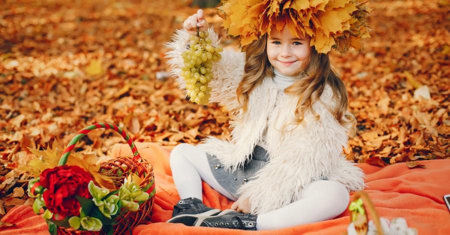 Дарите впечатления: чем можно заняться с ребенком осенью
