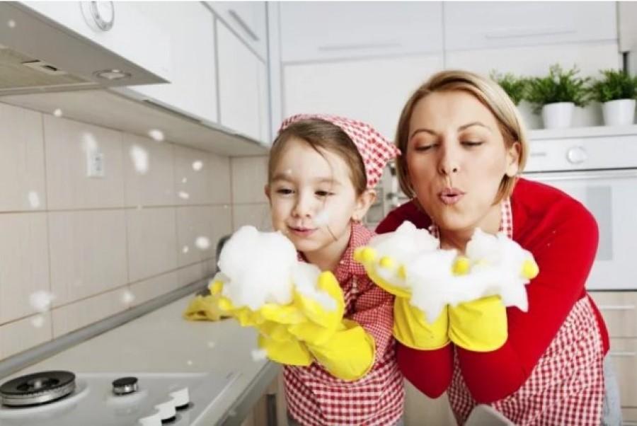 Как привлечь ребенка к домашним делам и воспитать помощника?