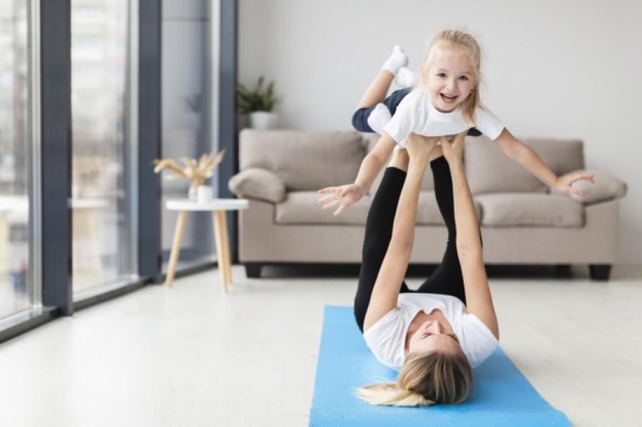 Утренняя зарядка для детей: упражнения для разного возраста