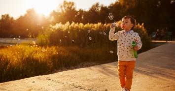 Родителям на заметку: топ активных игр на свежем воздухе