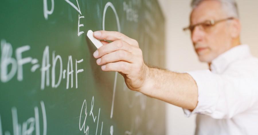Учитель всегда прав? Топ некорректных фраз учителей, которые ранят детей
