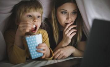 Топ-10 фильмов для семейного просмотра под теплым пледом с чашечкой какао