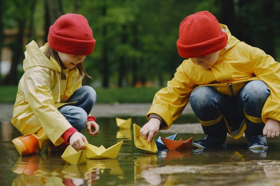 Промокли ноги у ребёнка: что нужно делать, чтобы не заболеть