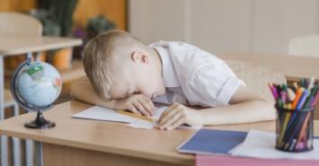 Почему дети ленятся: основные причины и как с этим бороться