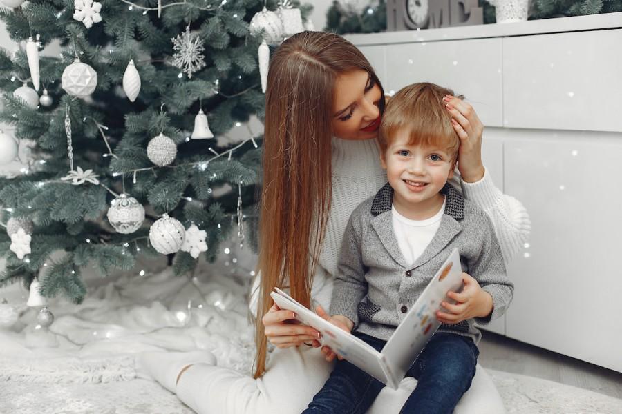 Что читать на Новый Год: 10 атмосферных книг для всей семьи на украинском языке