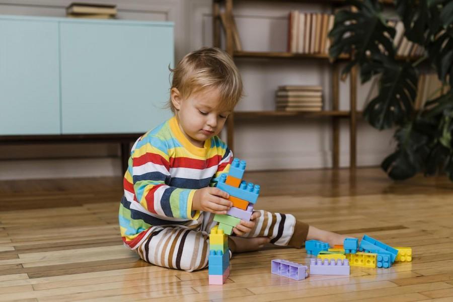 Все на своих местах: как приучать ребенка к порядку