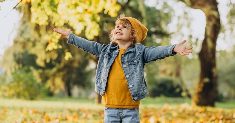 Как провести осенние выходные с детьми: оригинальные идеи
