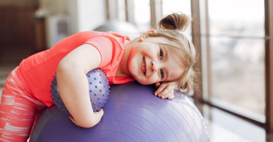 Физическое развитие ребенка до 5 лет: особенности и рекомендации