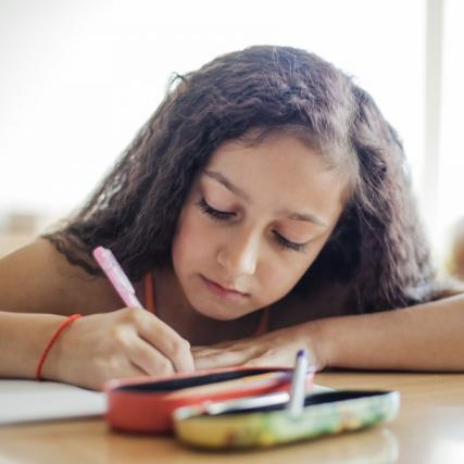 Как исправить детский почерк и нужно ли это делать
