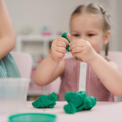 Натуральный пластилин: топ-5 рецептов безопасной массы для лепки