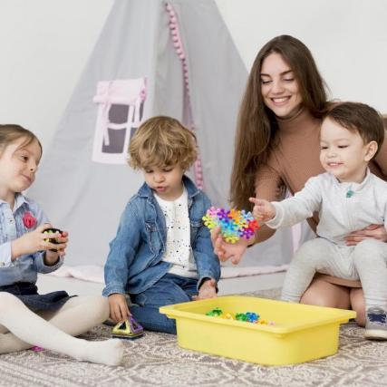 Раннее развитие ребенка: обзор наиболее известных методик