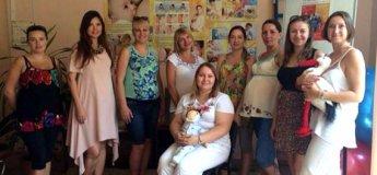 «Школа мам» – социальная школа для беременных