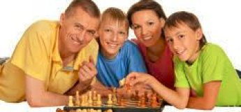 """Авторский семейный турнир """"Мама, папа и я - шахматная семья"""""""