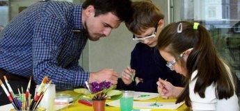 Набір в дитячу художню школу