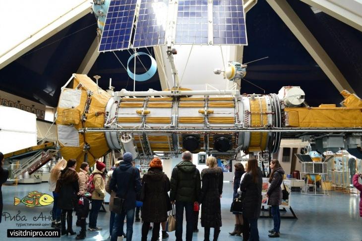 Екскурсія до Аерокосмічного центру
